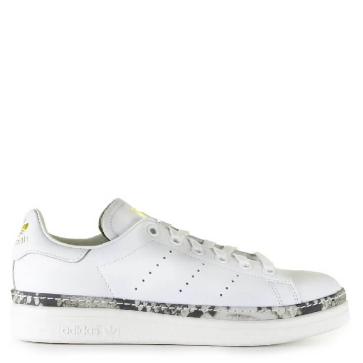 Adidas Stan Smith New Bold witte dames sneakers met slangenprint detail op de zool
