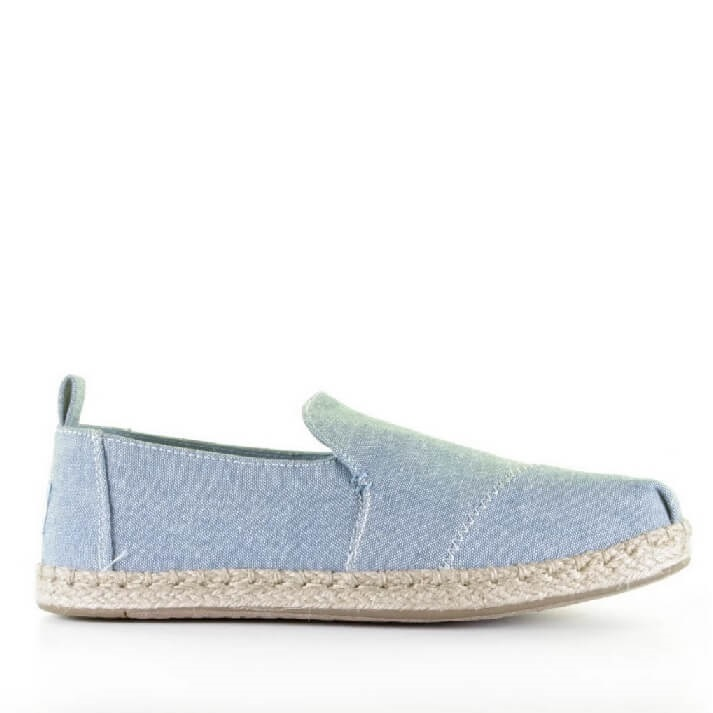 Lichtblauwe TOMS espadrille loafers dames