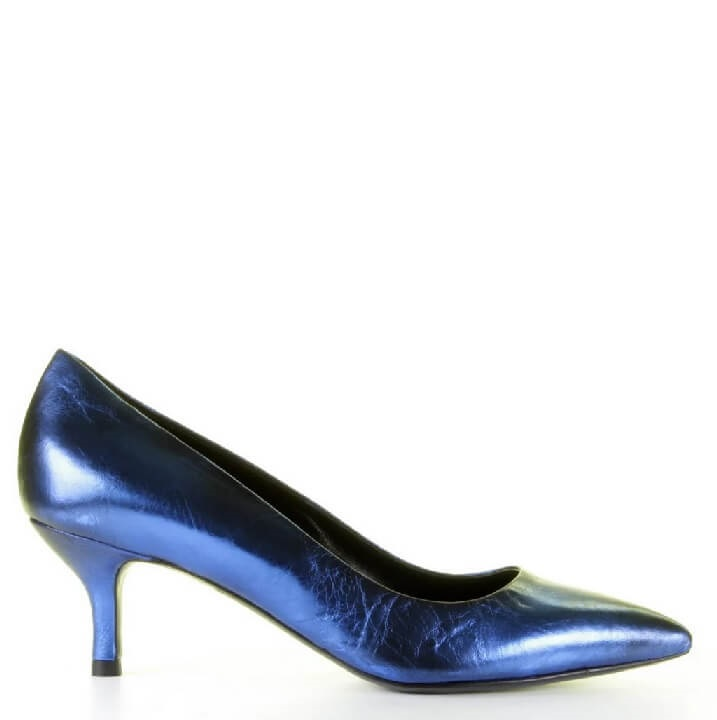 Strategia metallic blauwe pumps met laag hakje